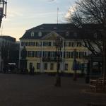 Eski Postane ve Beethoven Anıtı Almanya'nın eski başkenti Bonn