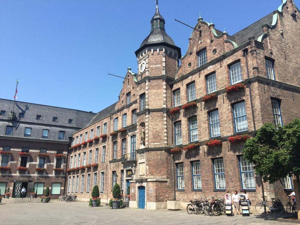 Düsseldorf Düsseldorf'u Keşfetmek