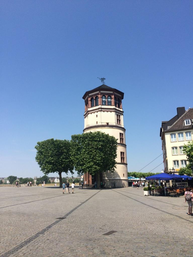 Düsseldorf'u Keşfetmek